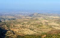 Semi-arides Plateau im  Hochland von Abessinien, Tigray, Äthiopien