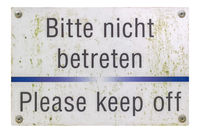 German sign isolated over white. Please keep off.