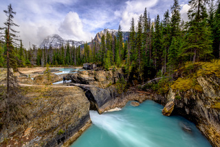 Natural Bridge Falls, Yoho Alberta Kanada travel destination