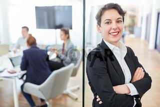 Business Frau als erfolgreicher Manager