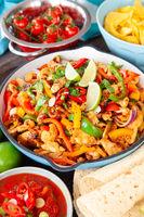 Chicken Fajita mit Dips