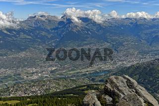 Panoramablick vom Gipfel Dent de Nendaz in das Rhone-Tal, Nendaz,Wallis, Schweiz