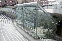 Reste eines antiken römischen Tempels im Eingangsbereich der U-Bahnstation Heumarkt
