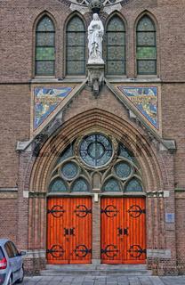 Portal an der maria-magdalena-kirche in Goes