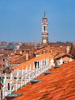 Blick über die Dächer in Venedig, Italien