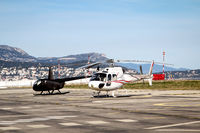 Helikopter auf einem Helipad