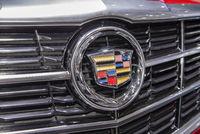 Logo von Cadillac auf einem Auto