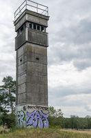 Wachturm an der ehemaligen Grenze der DDR, Elbe