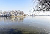 Herastrau See im Winter