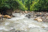 Der Gurah fließt durch den Gunung-Leuser-Nationalpark