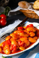 Gigantes Plaki - Baked beans in tomato sauce