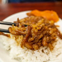 snacks of Chinese braised pork on rice