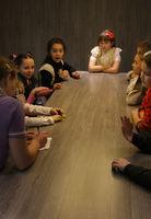 Die Gruppe der Kinder im Zimmer.
