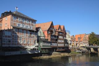 Lüneburg - Alter Ilmenau-Hafen von der Brausebrücke gesehen, Deutschland