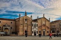 padua, italien - 19.03.2019 - piazza del santo mit oratorium des heiligen georg und scuola del santo