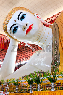 Chauk htat gyi reclining buddha, yangon, myanmar