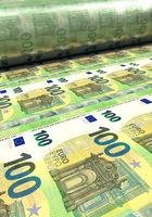100 Euro-Scheine werden gedruckt, Hochformat