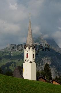 Kirche; Schoppernau; Bregenzerwald; Hochkuenzelspitze