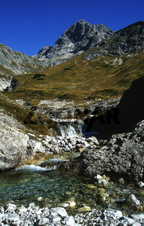 Maedelejoch, Allgaeuer Alpen; Heilbronner Hoehenweg, Grosser Krottenkopf;