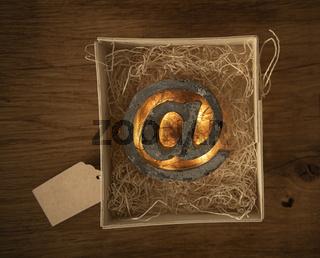 Beton @-Zeichen in Holz-Box