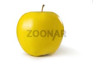Apfel Golden Delicious freigestellt