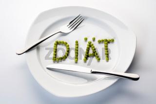 Erbsen formen das Wort Diät