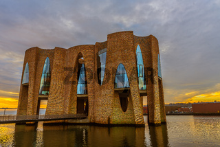 New iconic building in Vejle harbor