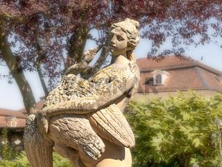 Skulptur der Göttin Juno mit Pfau, Schloss Ludwigsburg