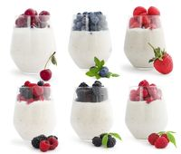 Berry smoothie cocktalis
