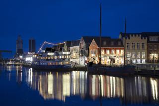 Binnenhafen von Husum bei Nacht