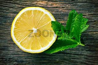 half lemon and fresh mint