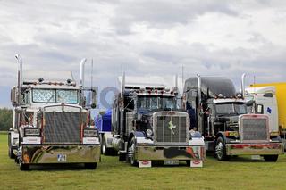 Classic American Kenworth and Peterbilt Trucks