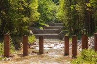 Treibholzsperre im Jenbach bei Bad Feilnbach