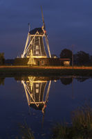 Bataaf windmill in Winterswijk with a Christmas atmosphere