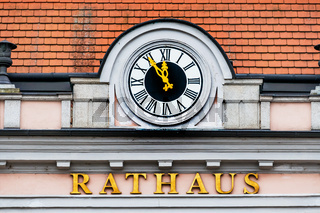 Uhr am Rathaus,