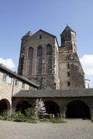 romanische Kirche St. Maria im Kapitol