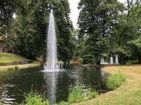 Bad Säckingen, Teich mit Fontäne im Park der Villa Berberich