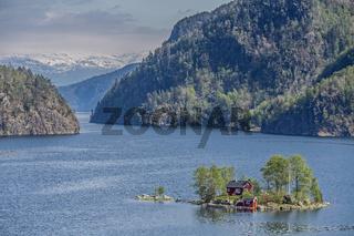 Lovravfjorden