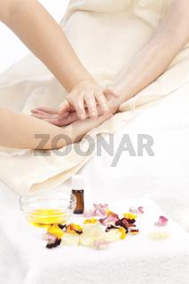 Rhythmische Aromaeinreibung