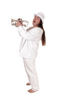 A trumpet player standing in a white outfit and cylinder