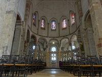 romanische Kirche St. Maria im Kapitol, Ostkonche mit Chorschranken
