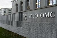 Hohe Mauern um den Sitz der Welthandelsorganisation WTO, im Centre William Rappard,  Genf, Schweiz