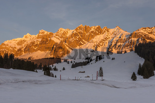 Das Säntismassiv im Abendlicht, Winterlandschaft, Kanton Appenzell Ausserrhoden, Schweiz