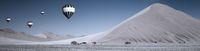 Duenen und Luftballons in der Namibw?ste