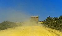 Staubige Landstrasse im Hochland von Abessinien, Hawzien, Tigray, Äthiopien