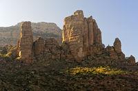 Guh Felsturm. in dem sich die Felsenkirche Abuna Yemata befindet, Tigray, Äthiopien