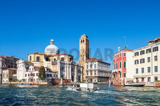 Historische Gebäude am Canal Grande in Venedig, Italien