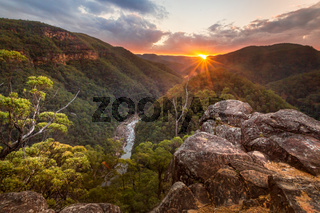 Views along the Grose Valley as the sun sets