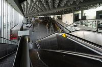 Abflughalle Flughafen Frankfurt menschenleer