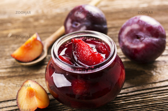 plum fruit preserves